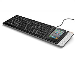 Omnio WOWKeys QWERTY keyboard with dock for iPod and iPhone in Black